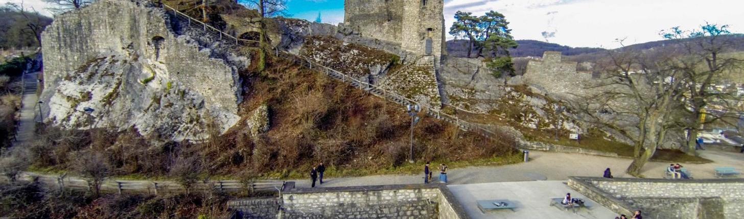 NetWorkingZmittag-drohne-baden-bild-7-Baden ruine stein